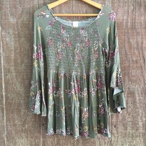 True Grit Olive Green Floral Tunic Top Smocked M